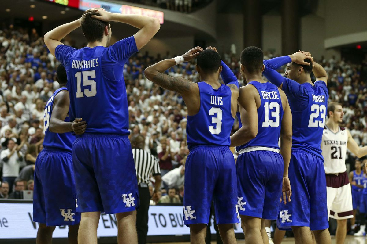 Kentucky Wildcats Tv Men S Basketball Blue White: Reactions To Isaac Humphries Technical Foul
