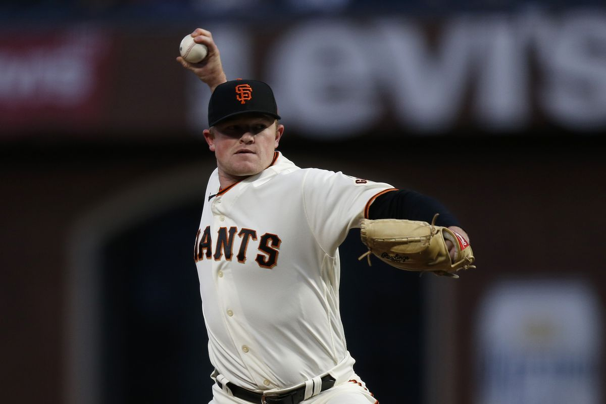 San Francisco Giants starting pitcher Logan Webb (62) pitches in the first inning against the Los Angeles Dodgers during game one of the 2021 NLDS at Oracle Park.