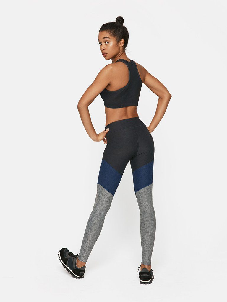 Leggings in a grey and blue pattern