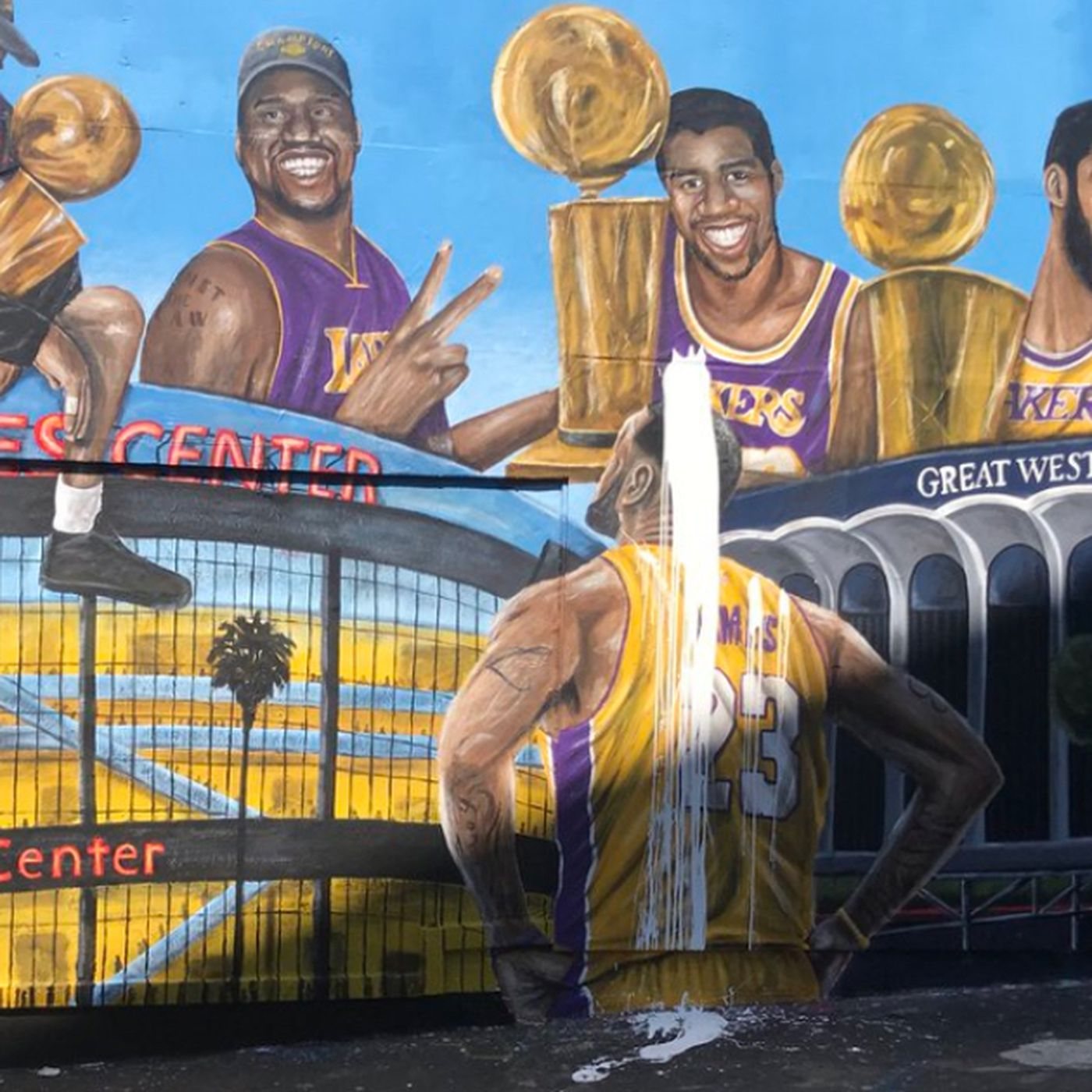 lebron james lakers murals keep getting vandalized in l a
