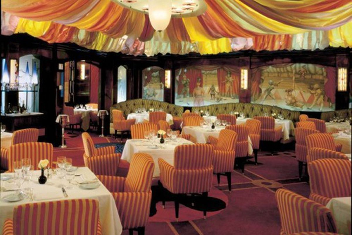 Which table is best at Le Cirque?