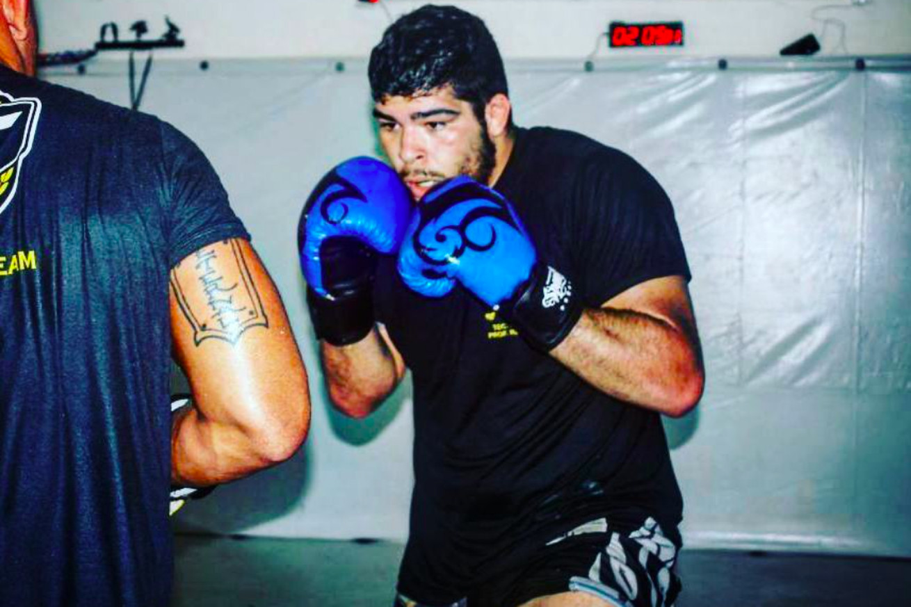 New UFC signee Carlos Felipe fell in love with fighting after battle against morbid obesity