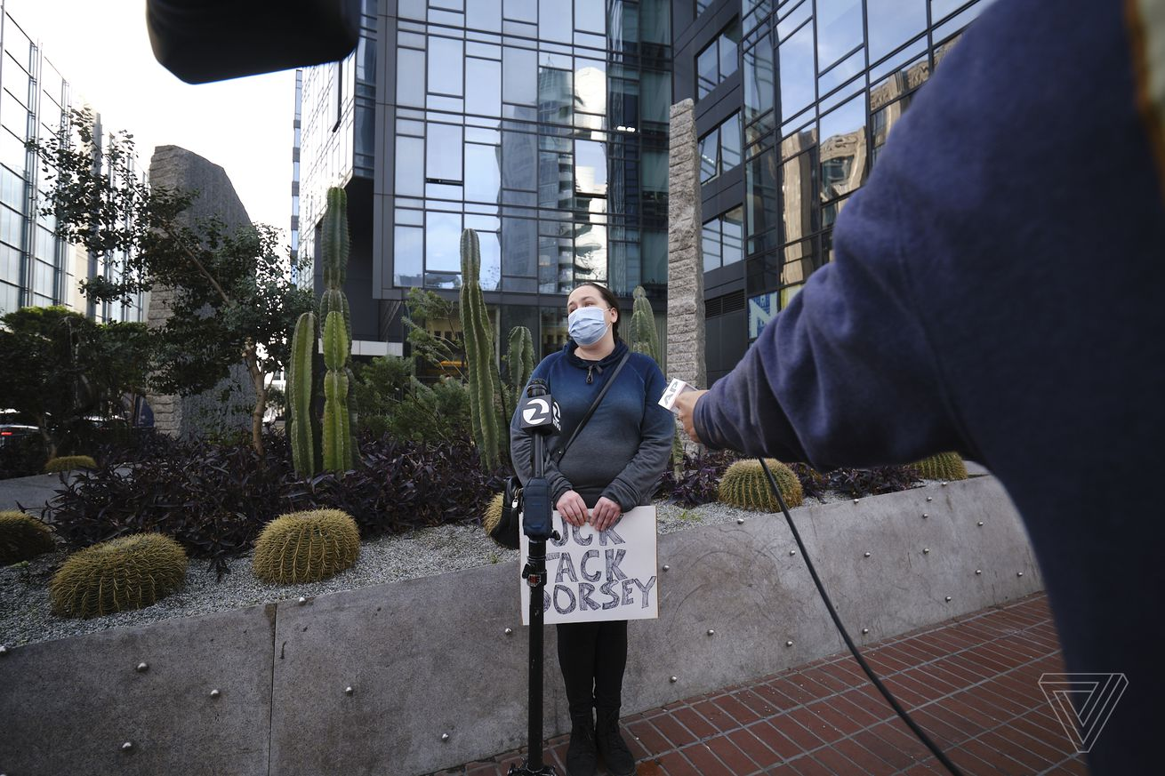 Only one person showed up to the pro-Trump protest outside Twitter's San Francisco HQ