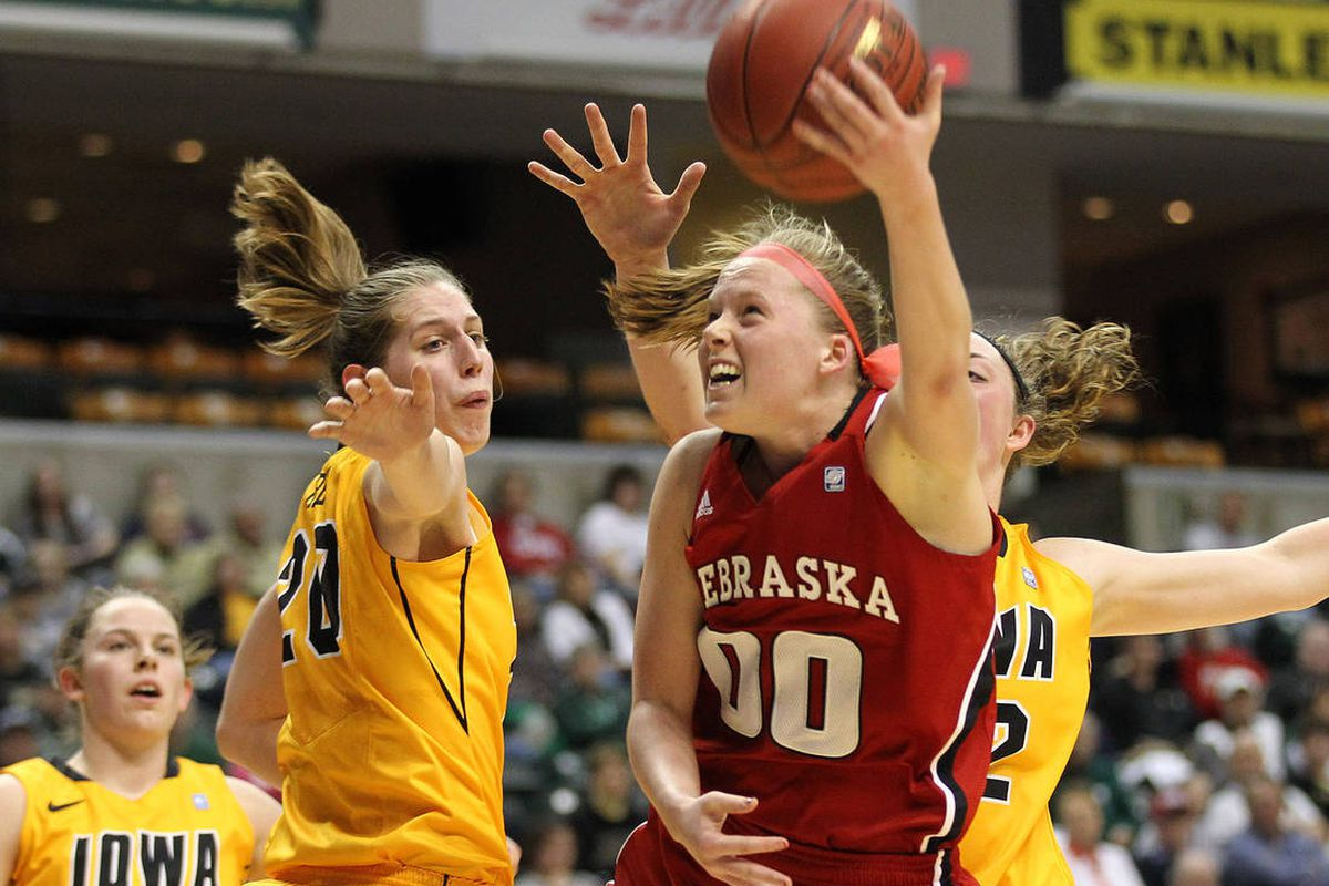 """Courtesy <a href=""""http://www.huskers.com/pics32/0/CG/CGZNJRKGUUKQGHN.20120302212436.JPG"""">www.huskers.com</a>. Lindsey Moore had a tremendous game yesterday against Iowa, leading the team with 26 points."""