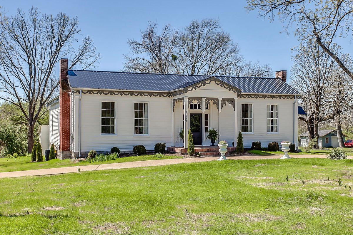 Incredibly restored 1860 nashville home asks 440k curbed for Franks homes in nashville nc