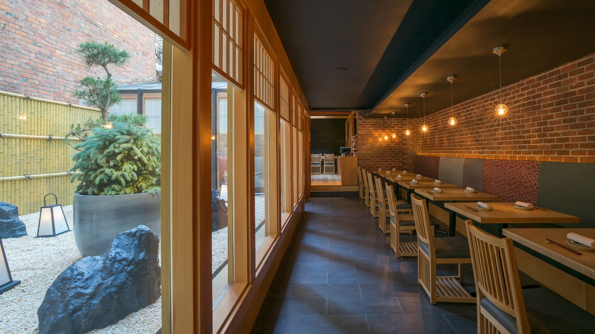 Huge Japanese Chain Tackles NYC With Kaiseki-Style Spot in Chelsea ...