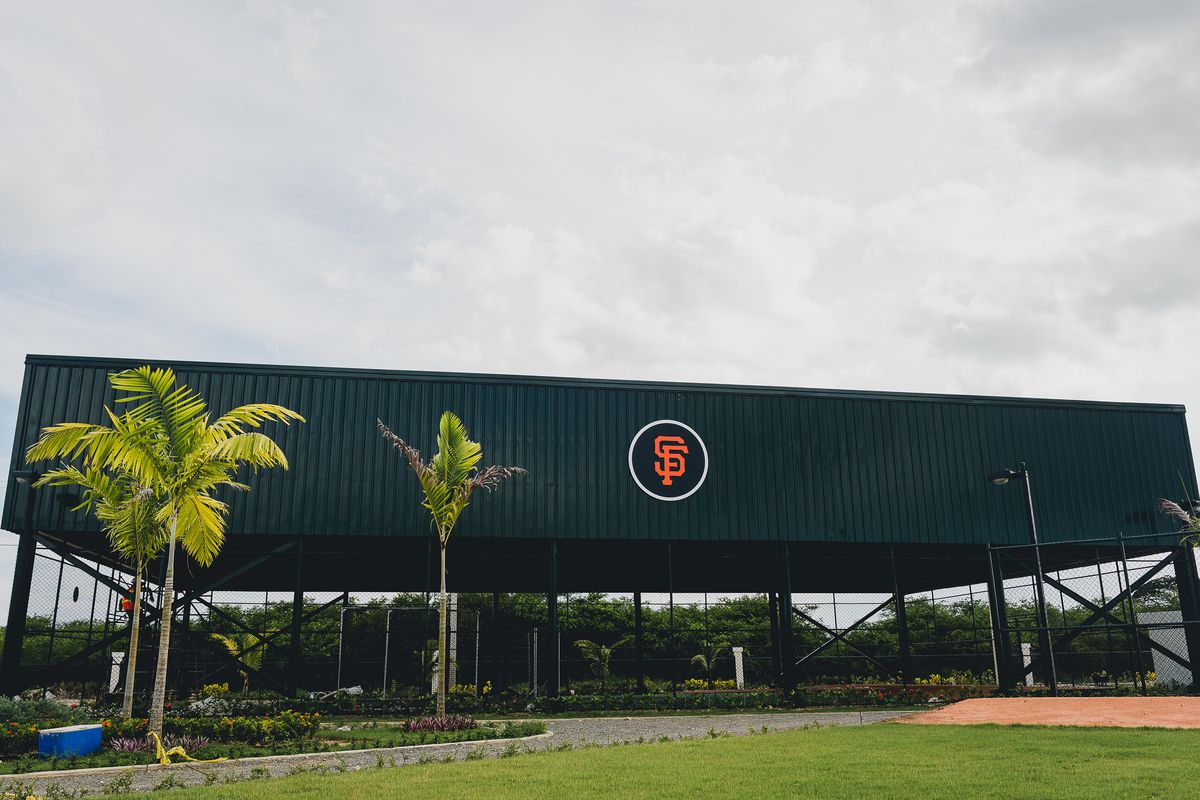 Giants to open Felipe Alou Baseball Academy in Dominican ... Felipe Alou