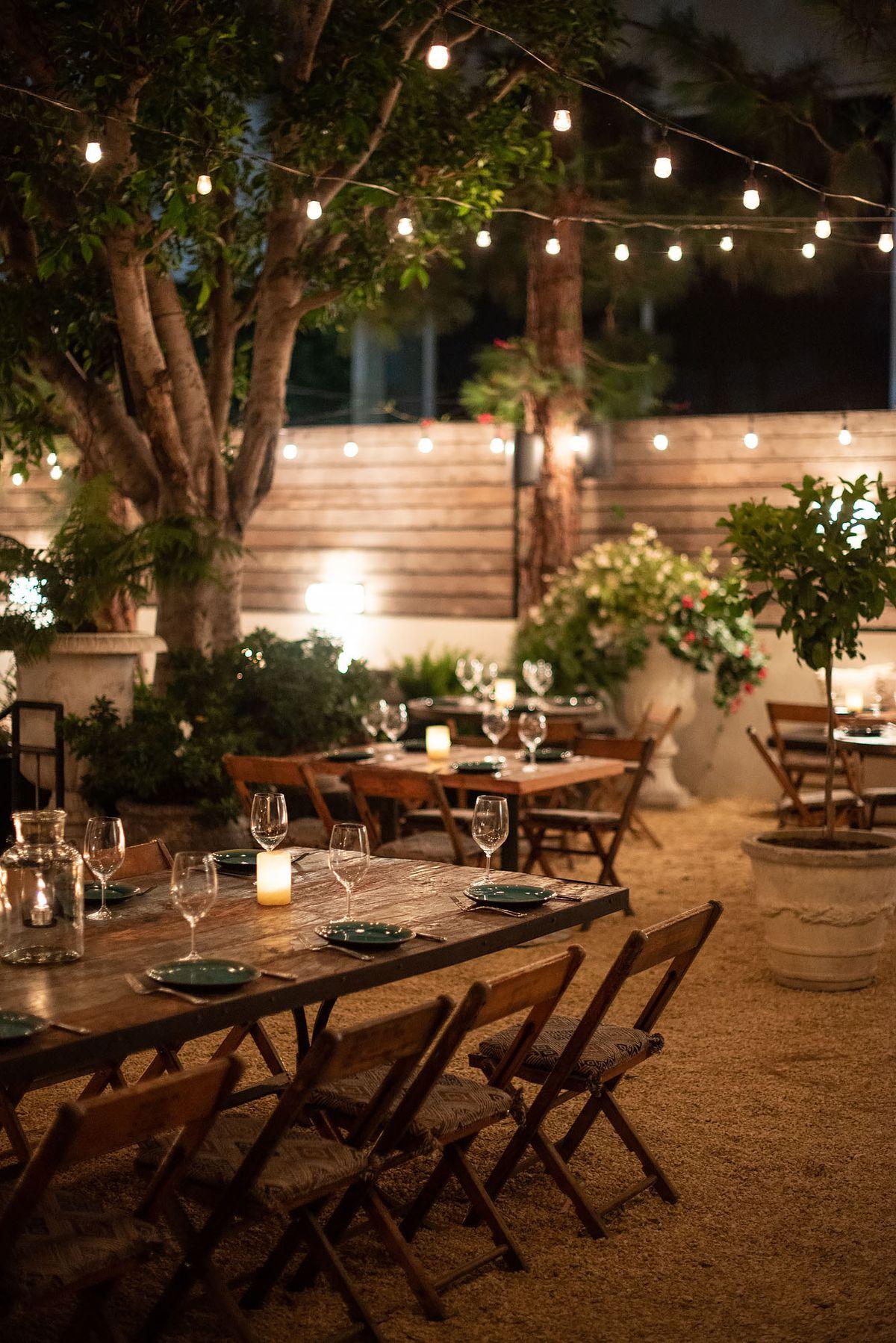 Santa Monica S New Fia Restaurant Feels Like A Secret