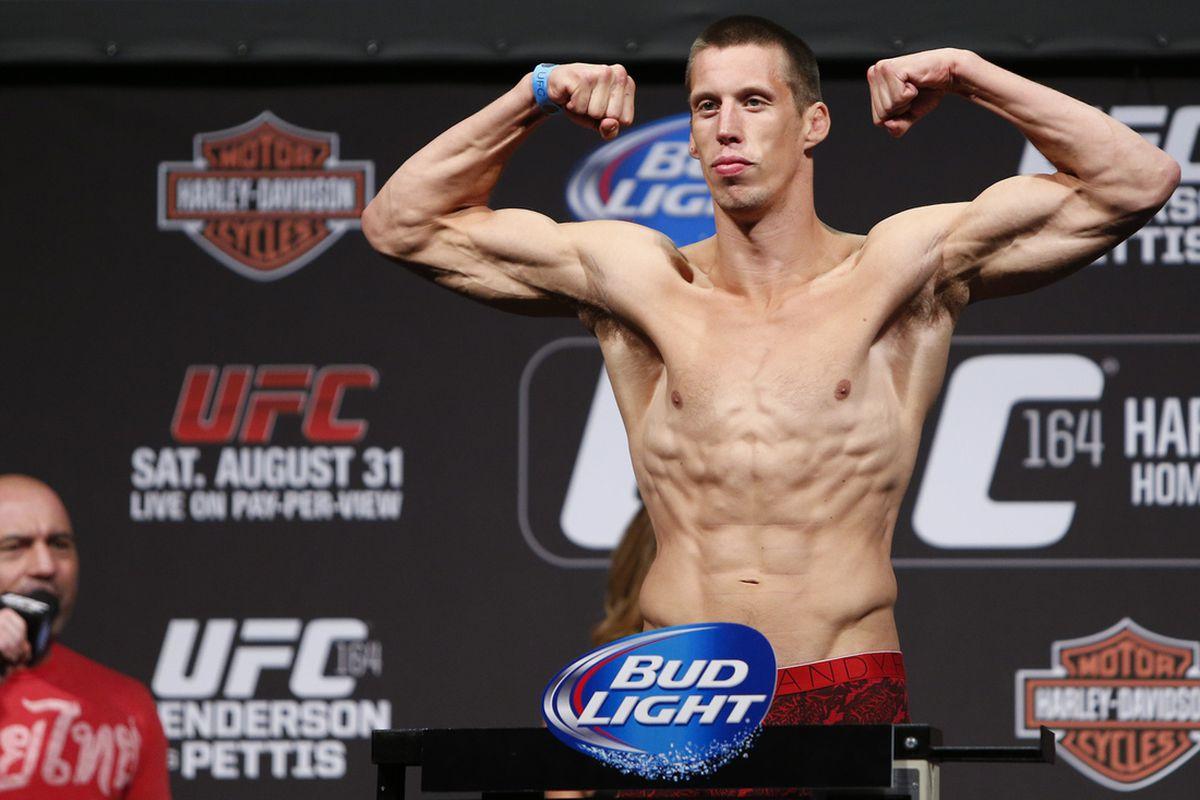 Gallery Photo: UFC 164 Weigh-In Photos