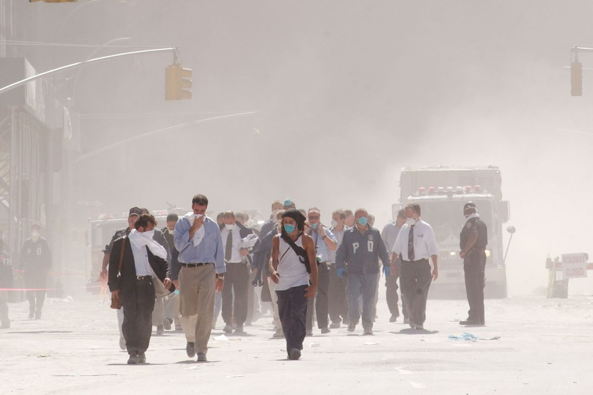 Dust in the aftermath of the World Trade Center collapse