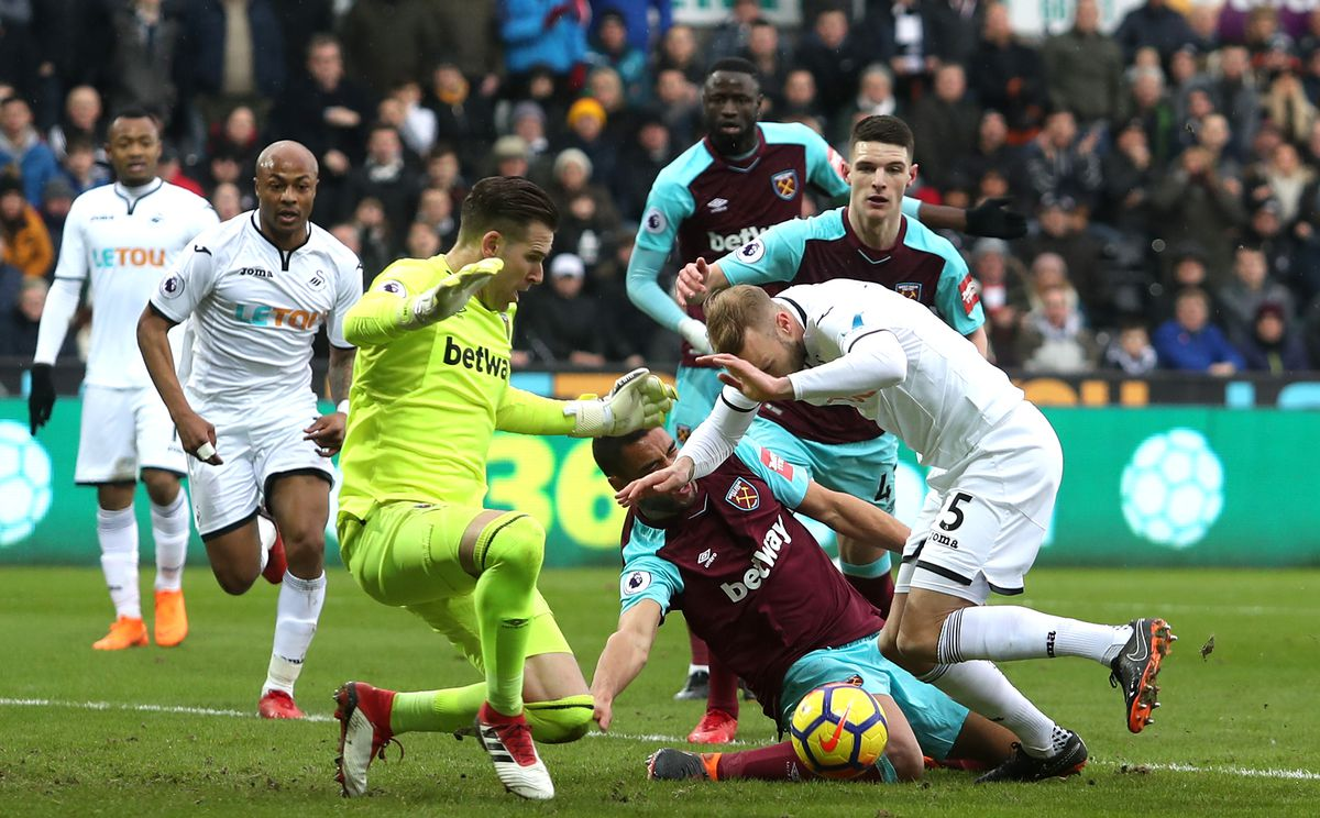 Swansea City v West Ham United - Premier League