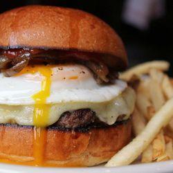 "Marketa Burger at Marketa by <a href=""https://www.flickr.com/photos/bradleyhawks/13719891624/in/pool-eater/"">bradleyhawks"