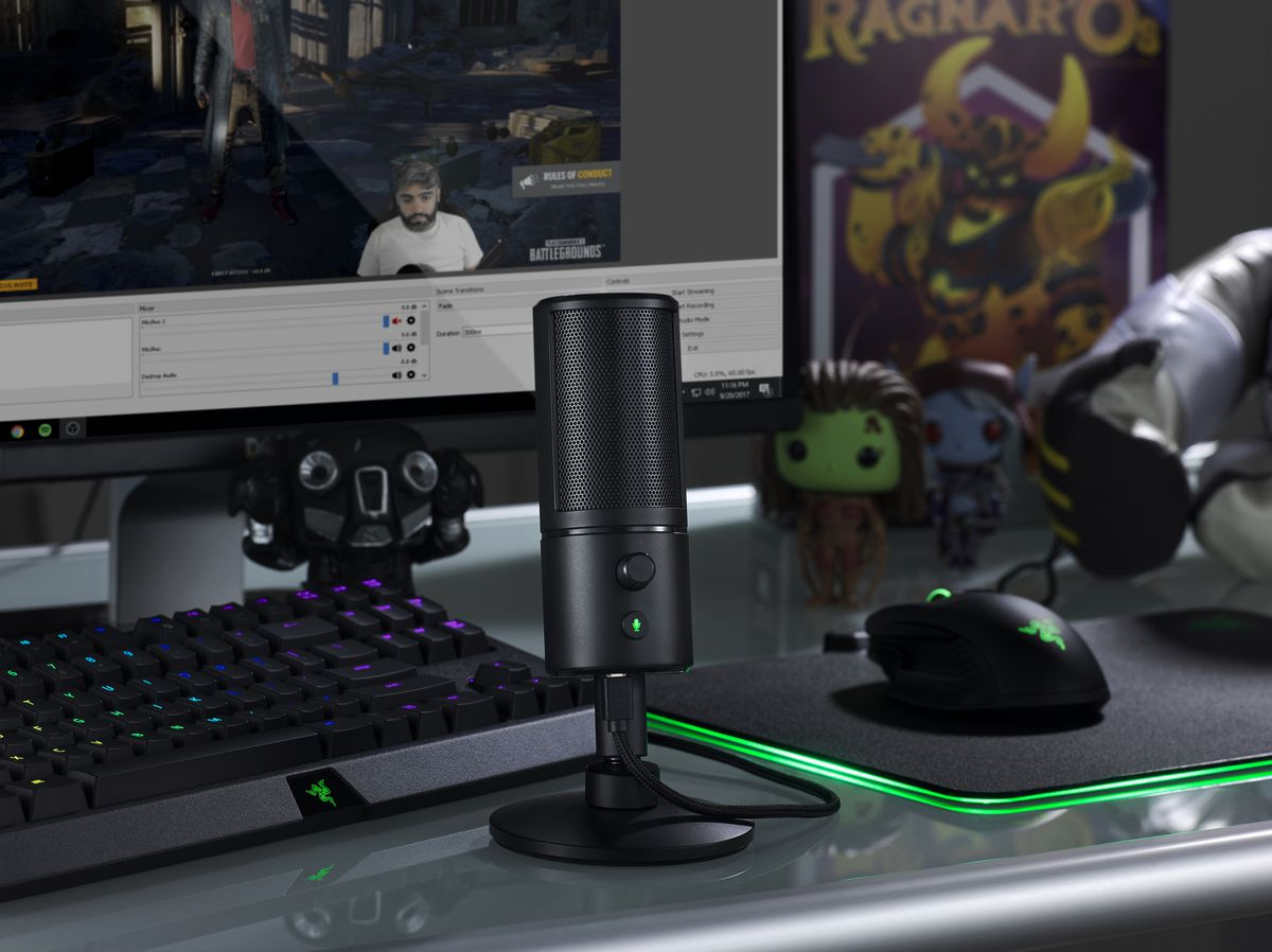 Razer Made A Webcam With A Selfie Light For Streamers