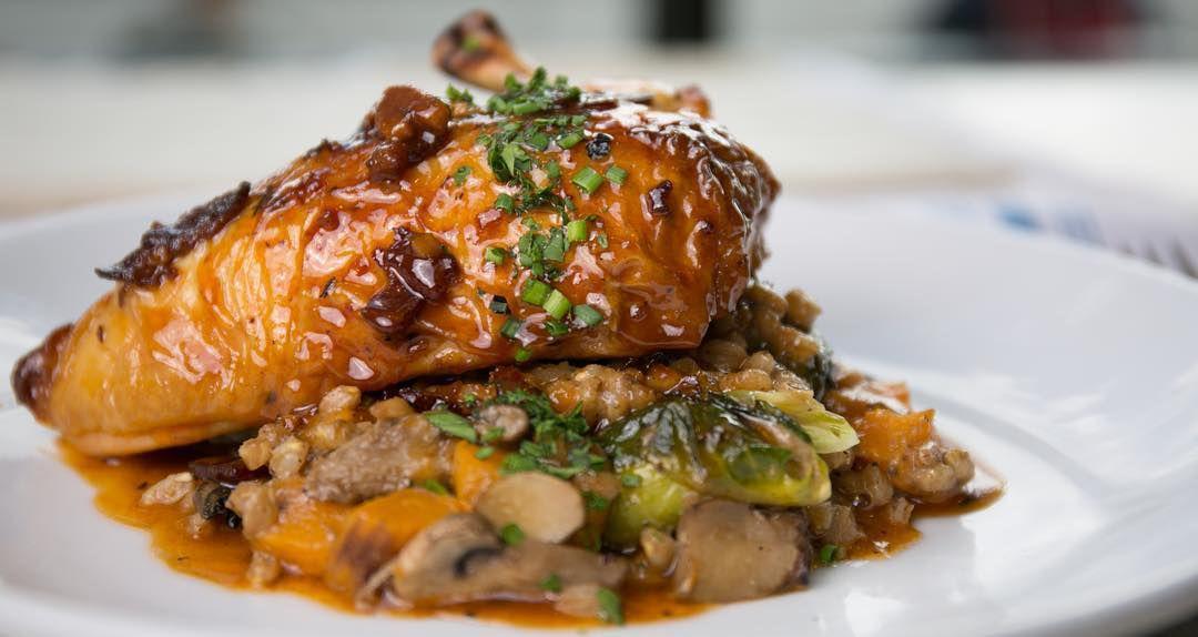 Cook Newton roasted chicken