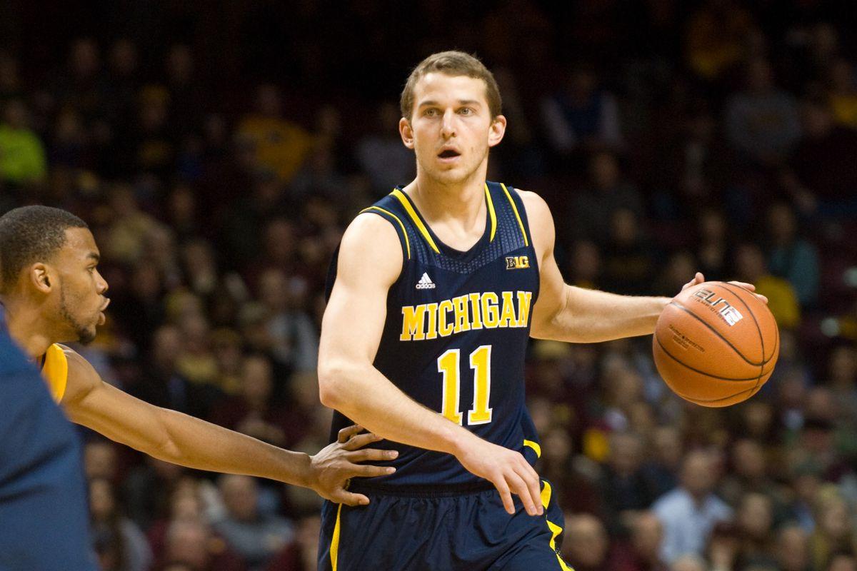 Stauskas Leads Michigan to #1