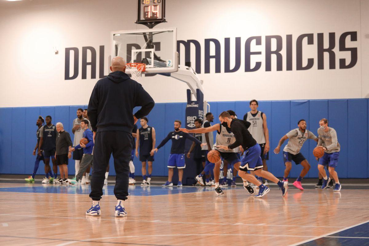 Dallas Mavericks Open Practice