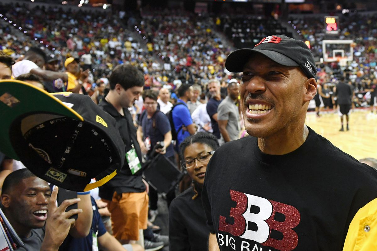 LaVar Ball eyes league for high school graduates; players will receive money