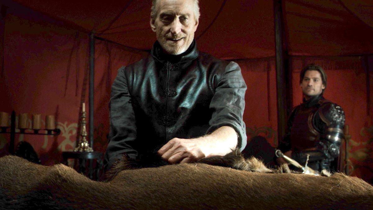 Game of Thrones - Tywin Lannister skins a deer as Jaime looks on