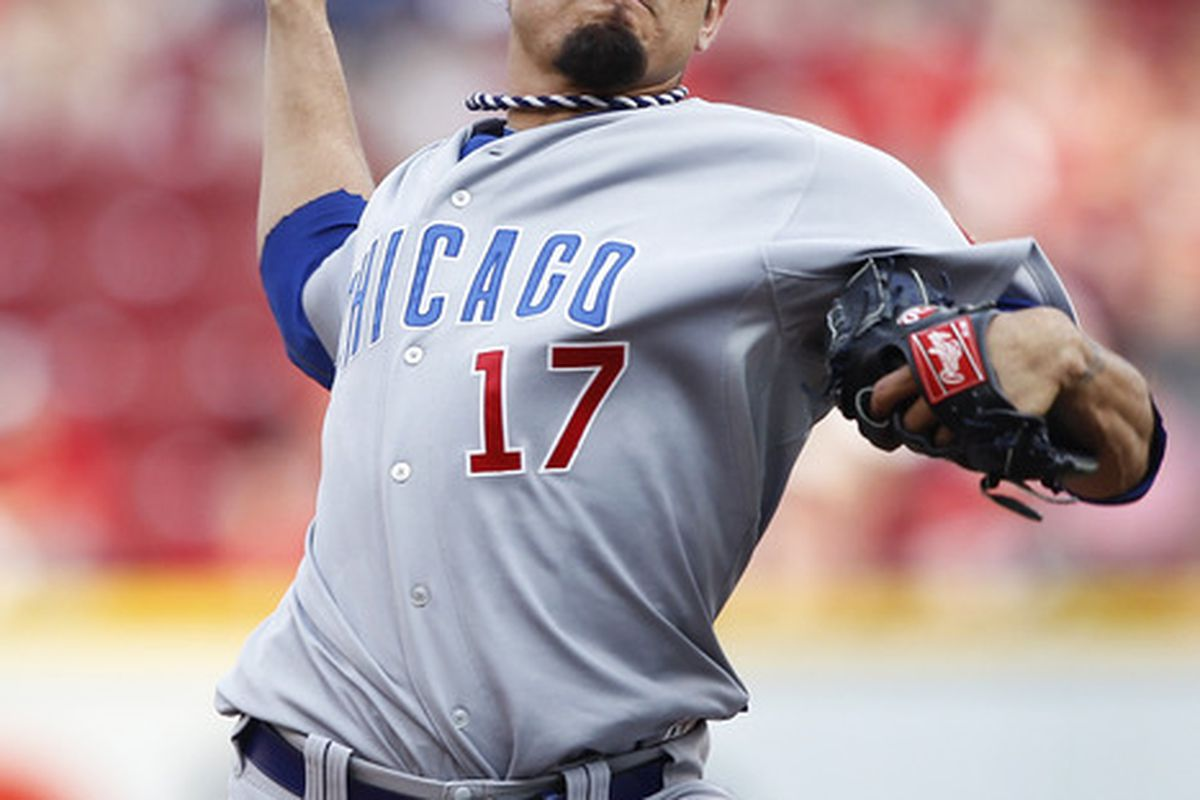 Matt Garza of the Chicago Cubs pitches against the Cincinnati Reds at Great American Ball Park in Cincinnati, Ohio. (Photo by Joe Robbins/Getty Images)