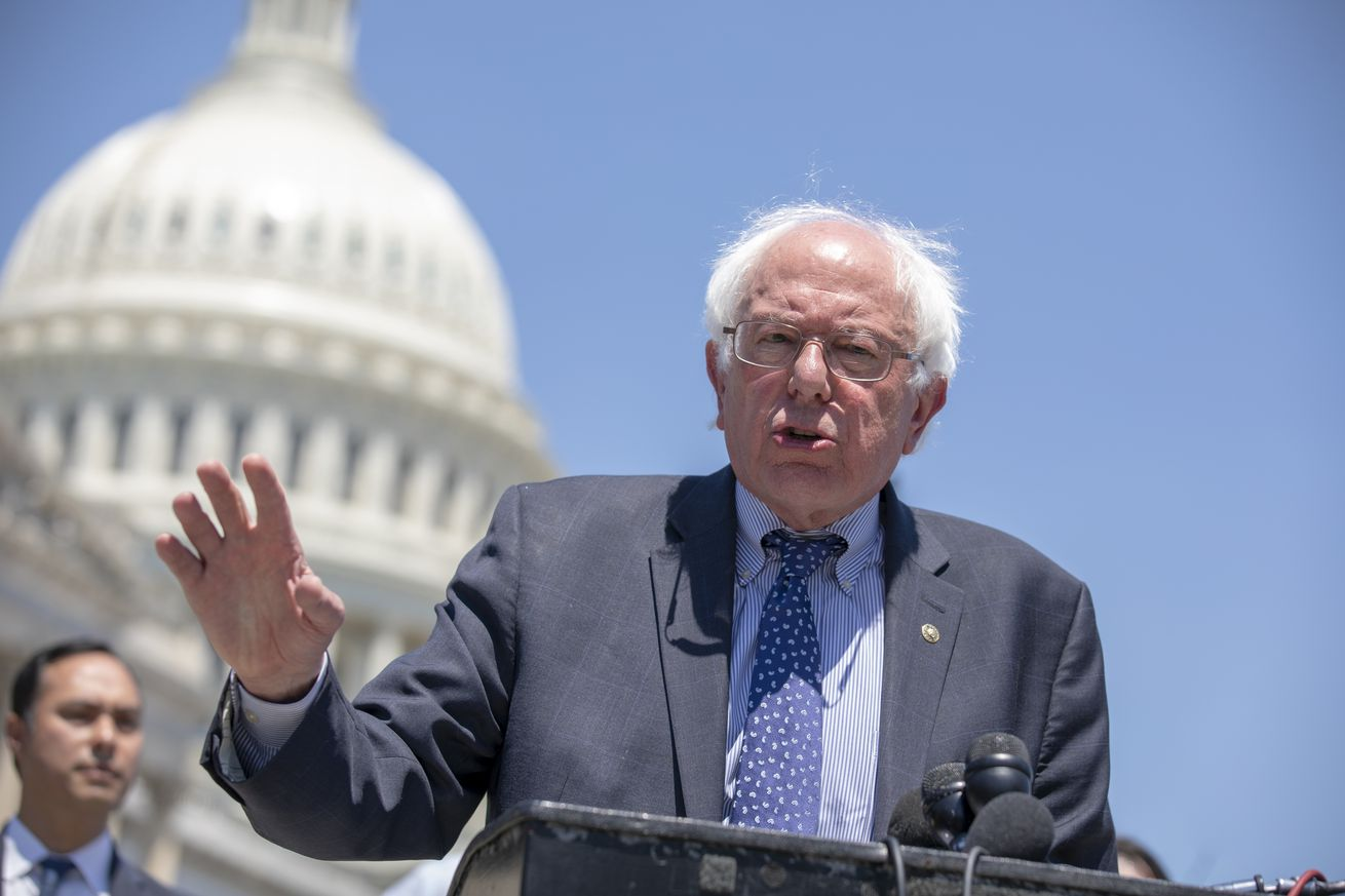 bernie sanders introduces stop bezos bill to tax amazon for underpaying workers