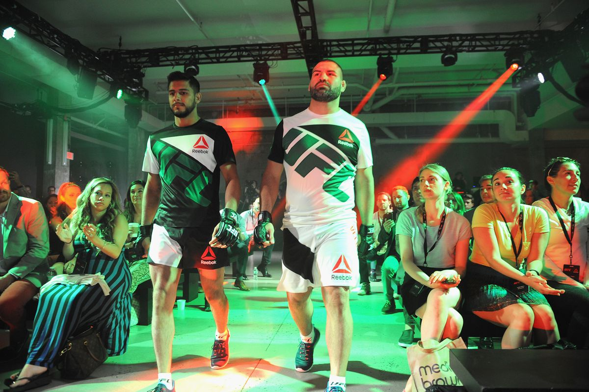 95d327c2cc Report  Reebok adding color to uniforms for UFC 200 - Bloody Elbow