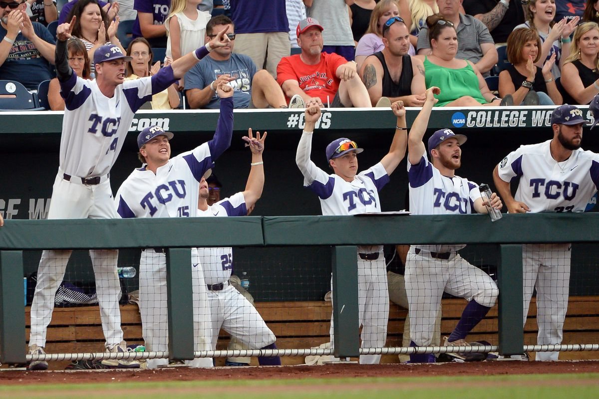 TCU gets back at Florida, forces deciding game at CWS