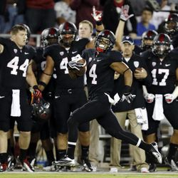 Stanford's Drew Terrell runs down the sideline on a 76-yard punt return for a touchdown against Duke during the first half of an NCAA college football game in Stanford, Calif., Saturday, Sept. 8, 2012.