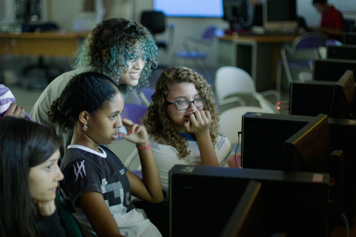 New Documentary Encouraging Girls To Code Debuts For Free On Youtube