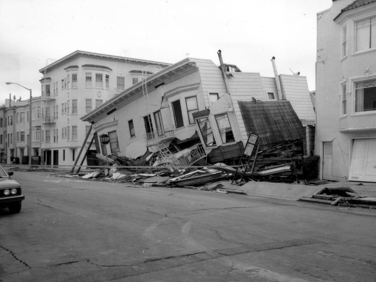Loma Prieta, California, Earthquake October 17, 1989, Structures Damaged In The Marina District Of San Francisco, The First Story Of This Three-Story Building Was Damaged Because Of Liquefaction; The Second Story Collapsed, What Is Seen Is The Third