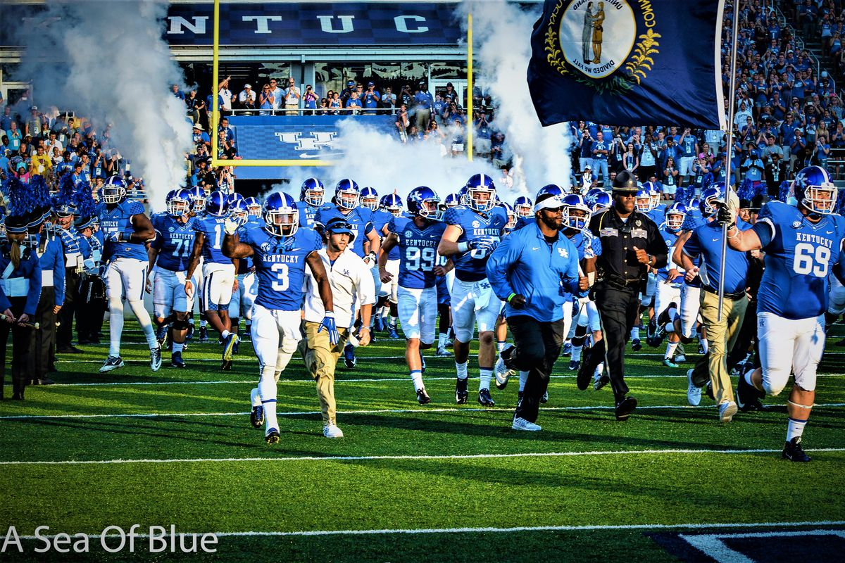 Jason Mar The Kentucky Wildcats Have Updated Depth Chart Ahead Of Their Week 3 Matchup With South Carolina S