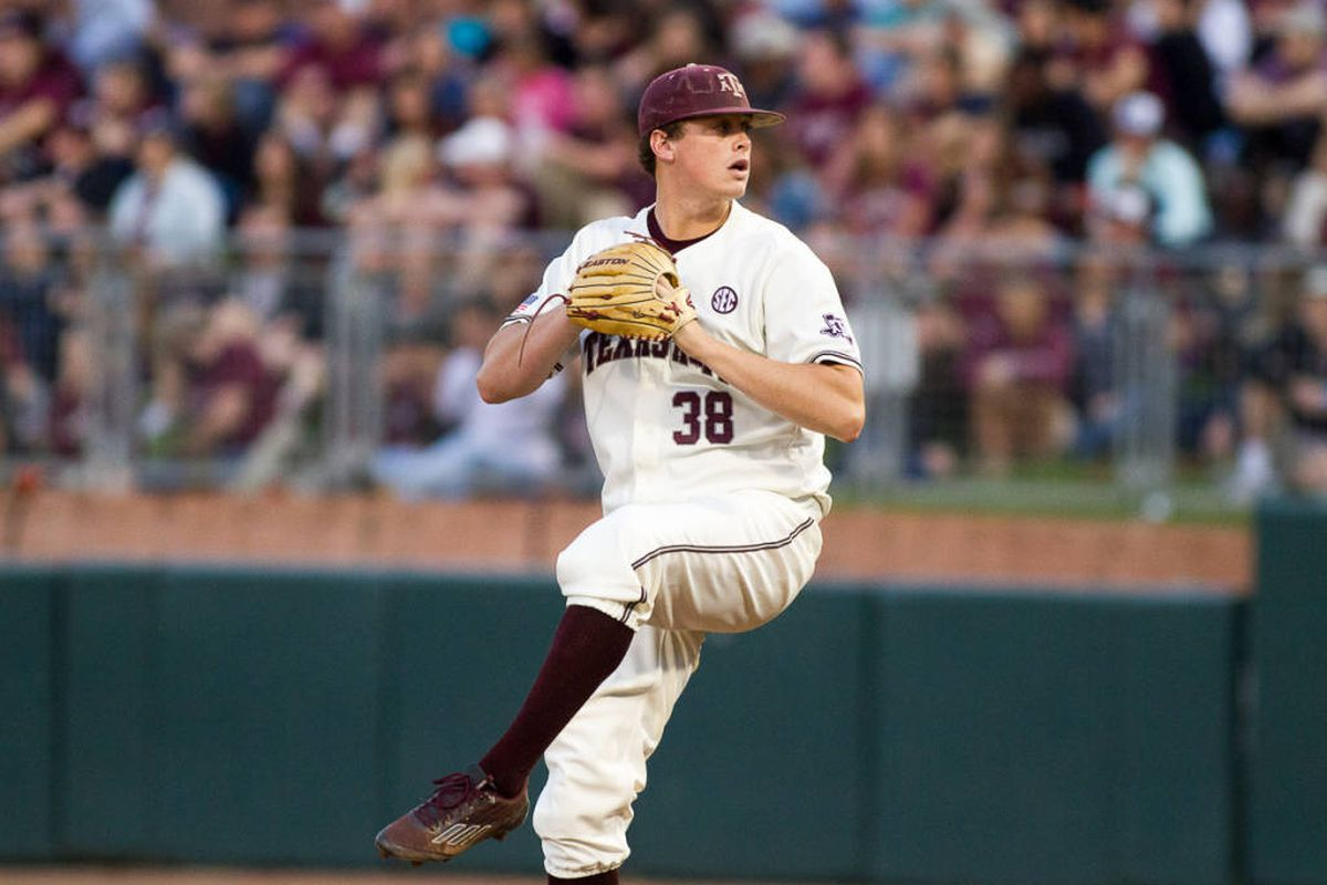 Grayson Long pitching at Friday's Mississippi State game.