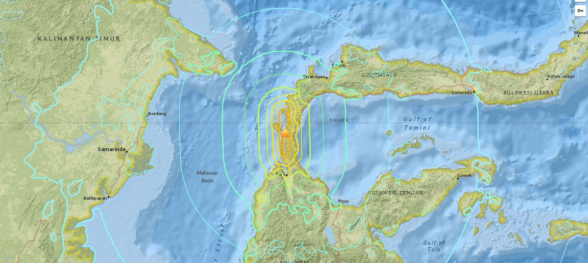 An earthquake and tsunami killed hundreds of people in Palu and Donggala in Indonesia.
