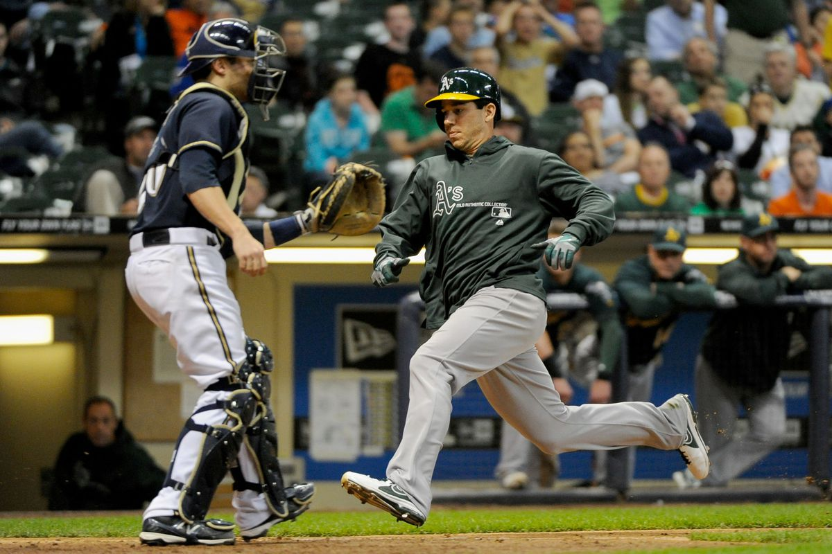 Milone rocks the magical sliding jacket on the first of his two runs on the day.
