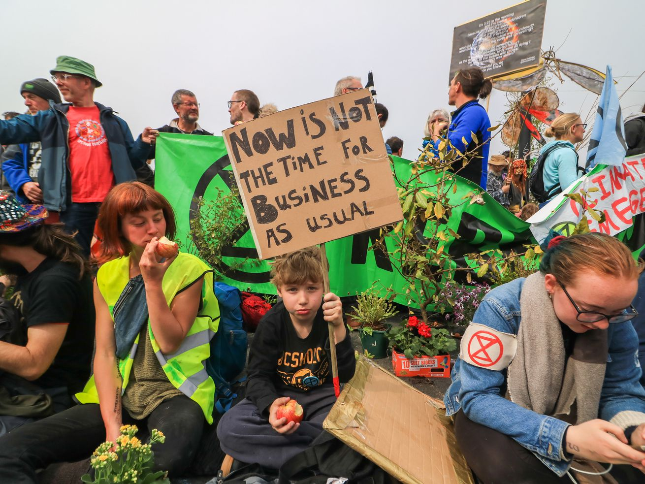 Climate activists blocked Waterloo Bridge on April 16 as part of the Extinction Rebellion movement in London.