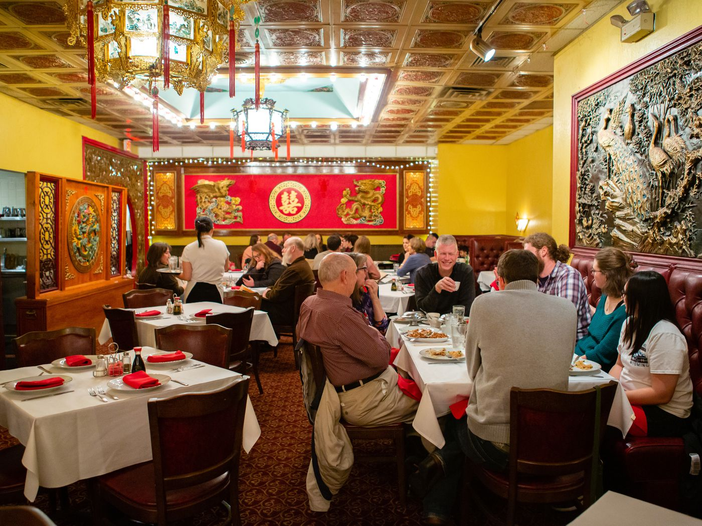 Chinese Restaurants Open On Christmas Face The Busiest Service Of