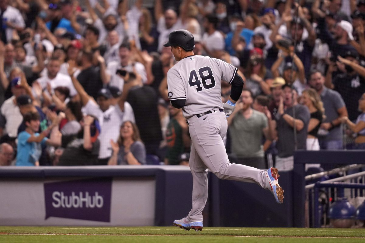 Yankees first baseman Anthony Rizzo (48) rounds the bases after hitting a solo homerun against the Miami Marlins in the 6th inning at loanDepot park