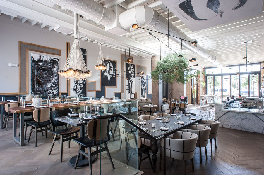 Norah Charms the Pants Off the West Hollywood Dining Scene - Eater LA