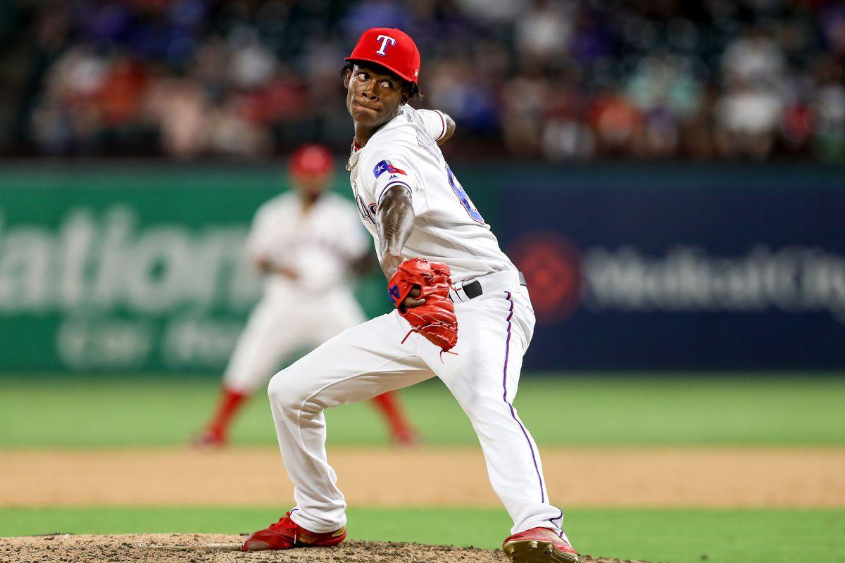 MLB: JUL 30 Mariners at Rangers
