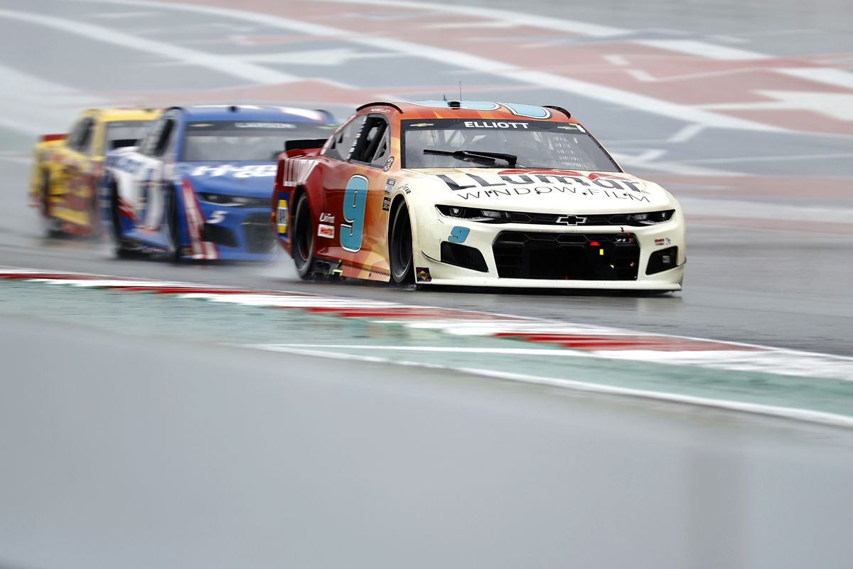 Chase Elliott, driver of the #9 Llumar Chevrolet, races during the NASCAR Cup Series EchoPark Texas Grand Prix at Circuit of The Americas on May 23, 2021 in Austin, Texas.