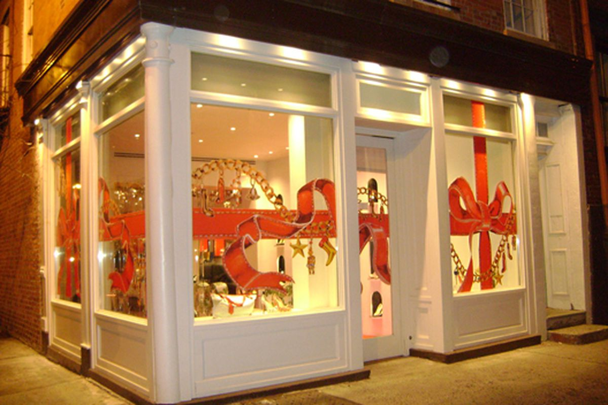 """Christian Louboutin on Horatio makes us miss Christmas.  Via <a href=""""http://www.flickr.com/photos/20773757@N00/4267530773/in/pool-312691@N20/"""">jetsetcd</a>/Racked Flickr Pool"""