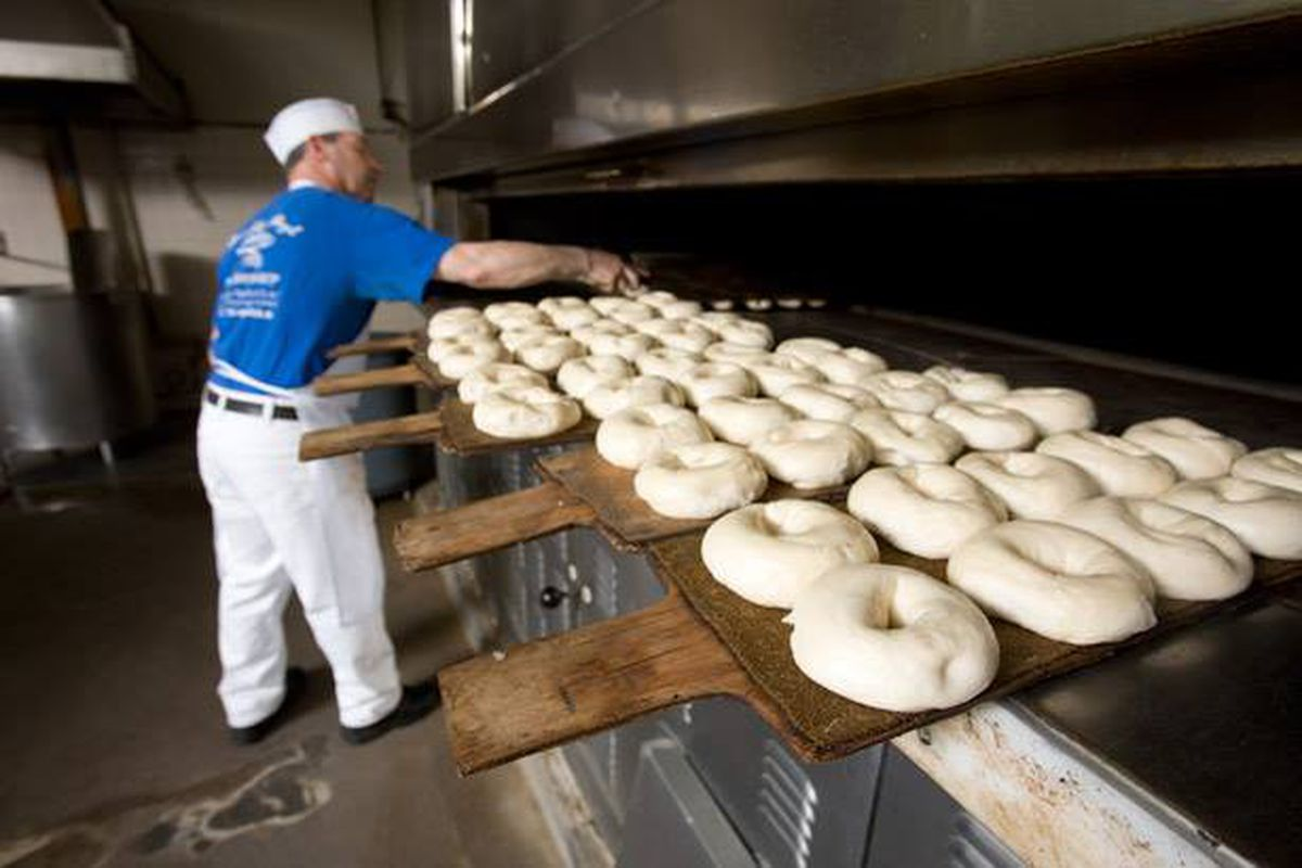 brooklyn-bagel-bakery-making.0.0.jpg