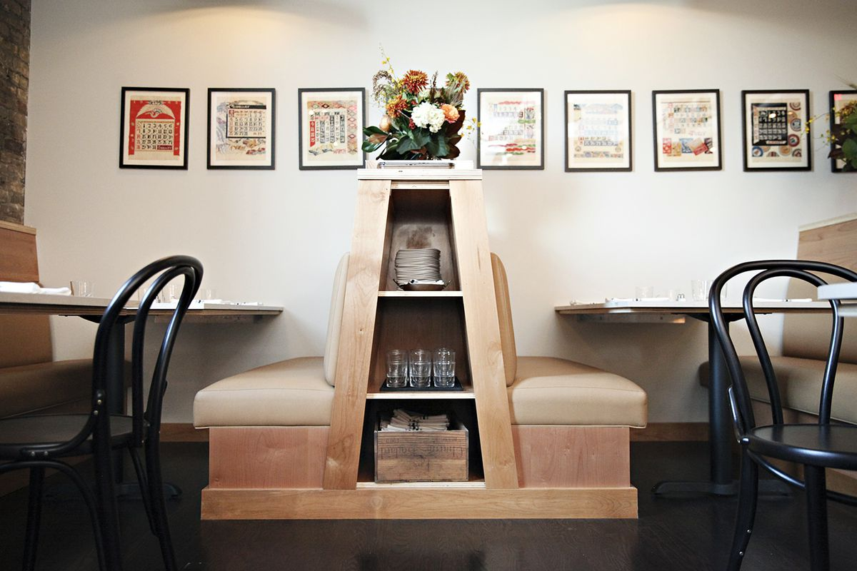 Seats and creative storage space in the cafe.
