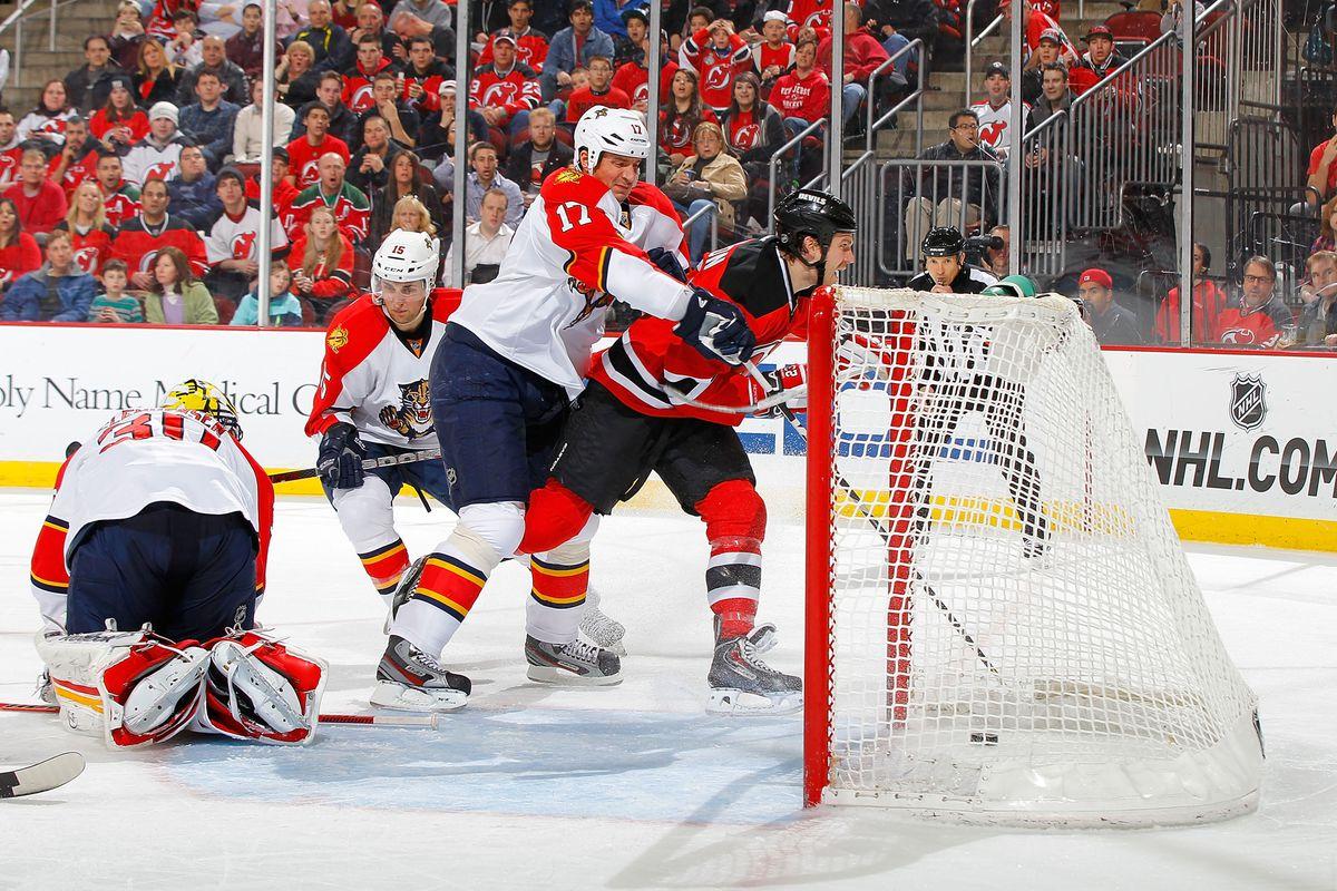 44470f9f81c New Jersey Devils Edged Florida Panthers, 2-1; Lose Ilya Kovalchuk to Injury