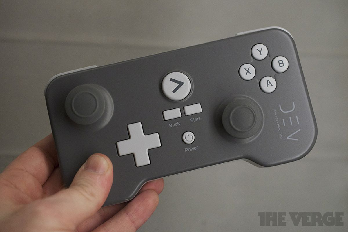 Gallery Photo: PlayJam GameStick developer unit hands-on photos