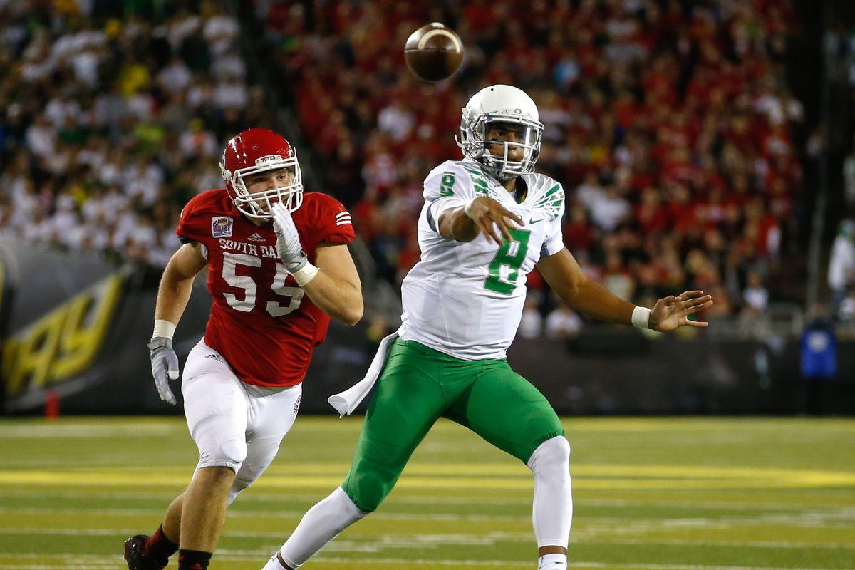 Marcus Mariota has to make the Oregon engine run against Michigan State