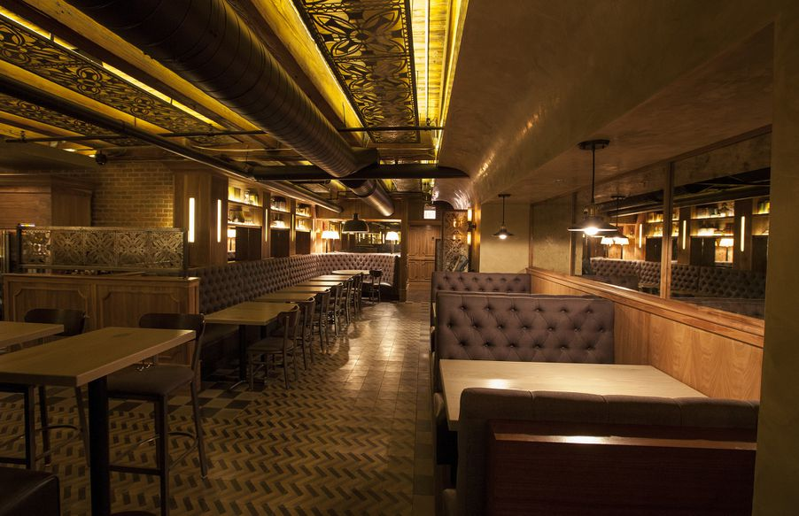 The Franklin Room Is Chicago\'s Newest Trendy Sophisticated ...