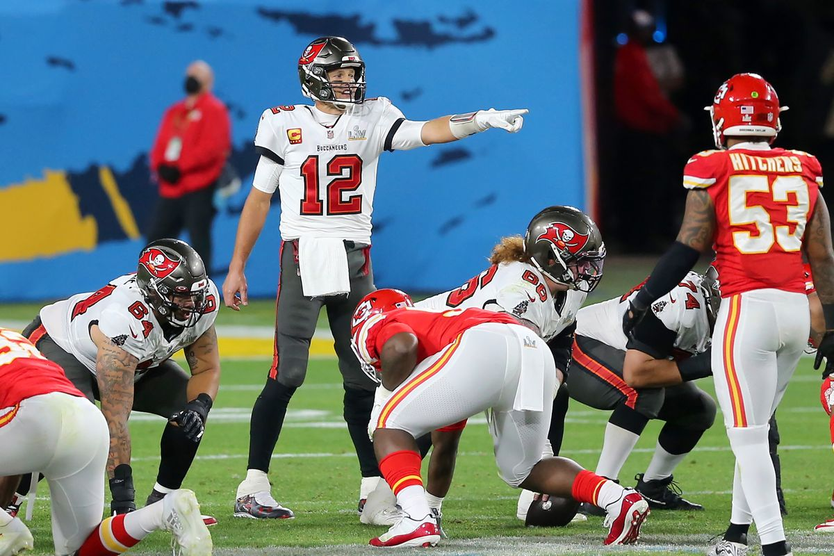 Tom Brady (12) of the Buccaneers points out the defensive coverage during the Super Bowl LV game between the Kansas City Chiefs and the Tampa Bay Buccaneers on February 7, 2021 at Raymond James Stadium, in Tampa, FL.