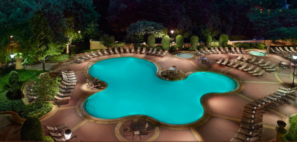 washington dc hotels with outdoor pools