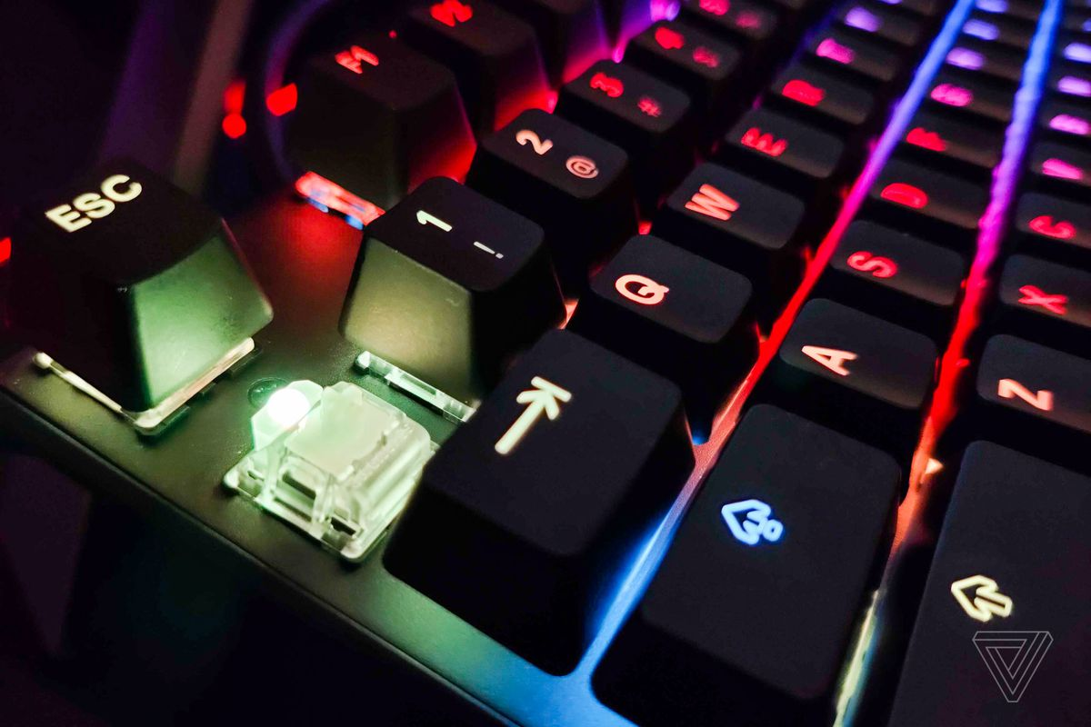 Steelseries' new keyboard has adjustable switches for gaming