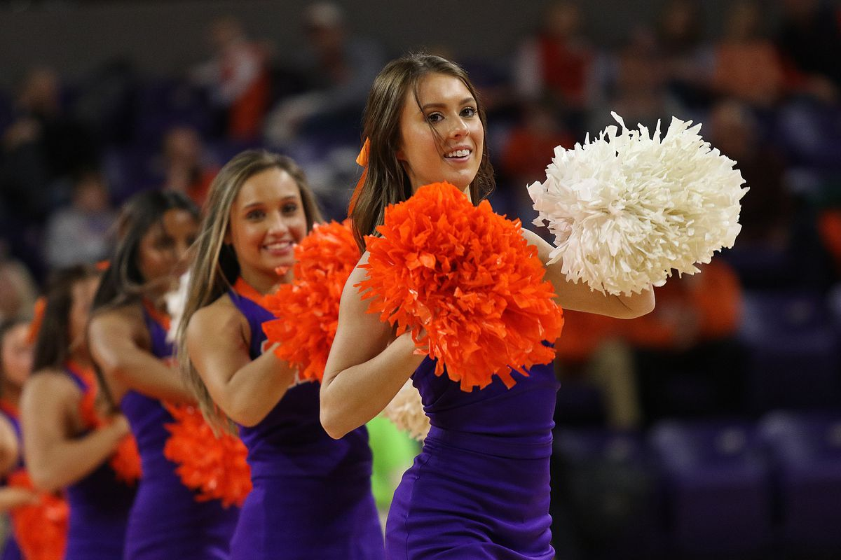 COLLEGE BASKETBALL: DEC 22 Yale at Clemson
